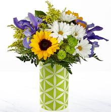 The Sunflower Sweetness™ Bouquet